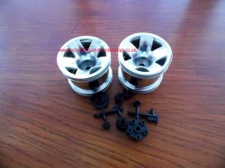 HPI-3047 Type F5 truck Wheels chrome